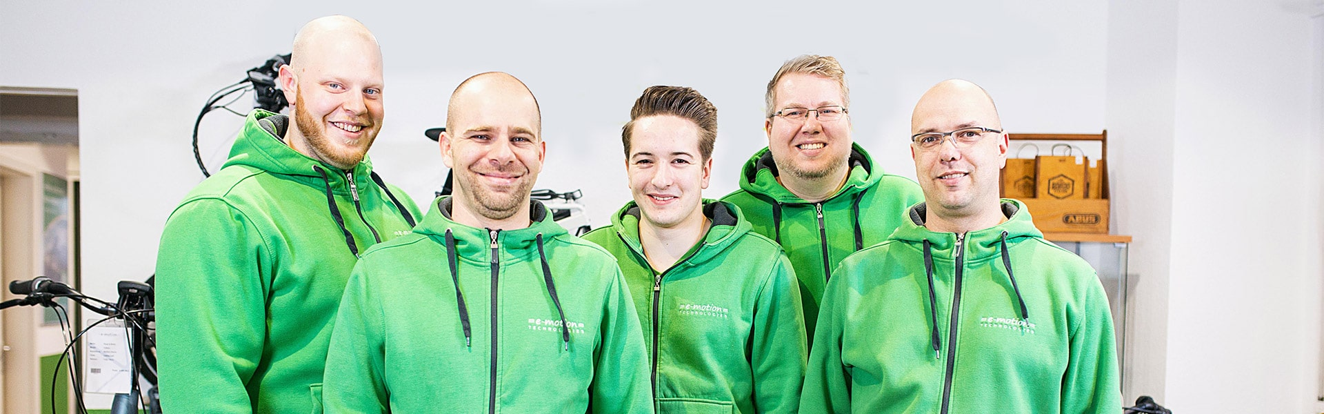 Das Team des e-motion e-Bike Premium-Shop Köln