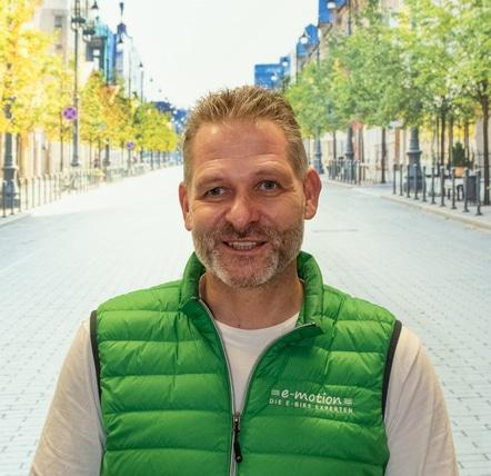 """• Leasing / Finanzierung <br>• Diplom-Kaufmann <br>• Rennradfahrer seit 30 Jahren <br>• e-Bike Berufspendler<br>• """"Technik, die begeistert"""""""