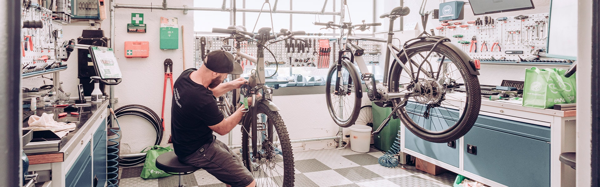 Die Werkstatt der e-motion e-Bike Welt Karlsruhe