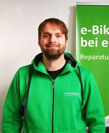 • Leasing / Finanzierung <br>• Medizinproduktberater <br>• Seit 16 Jahren in der Branche <br>• fährt Rennrad und Cargo e-Bike <br>• mit Herzblut dabei