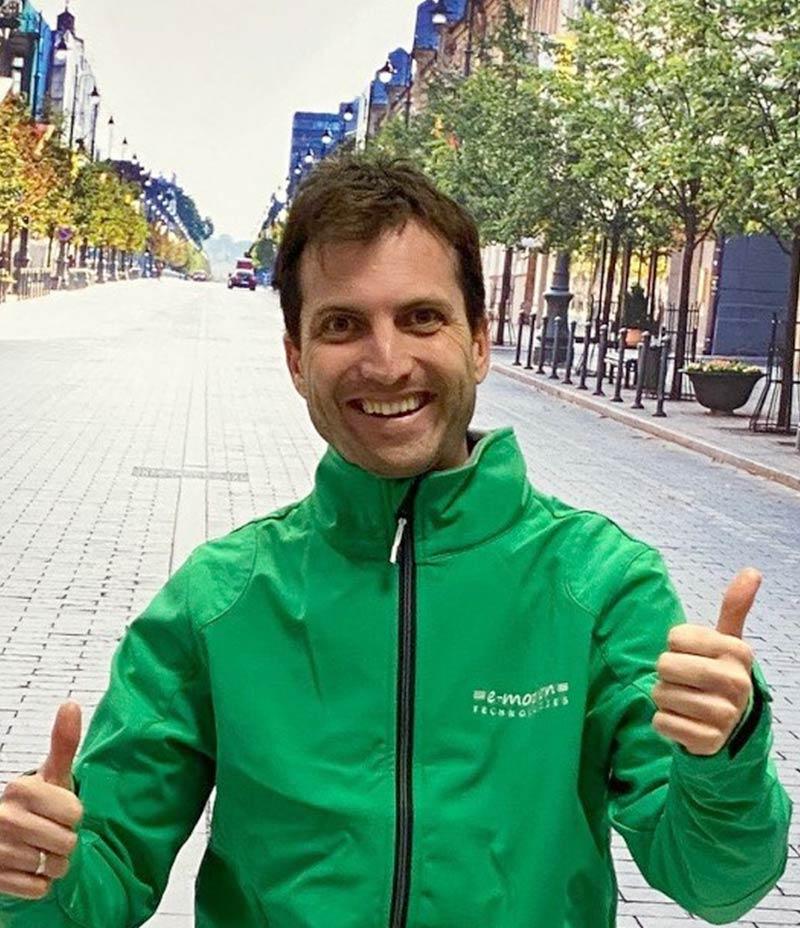"""• Andalusisches Sonnenkind <br>• e-Bike begeisterter Quereinsteiger <br>• Dein Wunschrad muss Dir passen! <br> • """"Ich bin glücklich - wenn Du glücklich bist!"""""""
