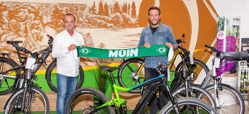 Volker Minkmar und Phillip Herrnberg in der e-motion e-Bike Welt Bremen