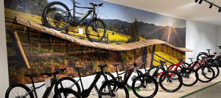 Innenansicht der e-motion e-Bike Welt Frankfurt-Süd