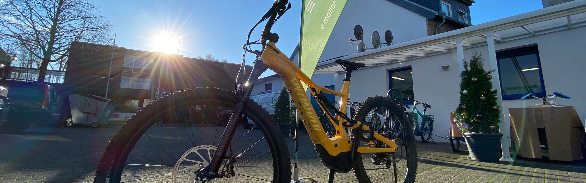 Titelbild e-motion e-Bike Welt Tönisvorst Außen
