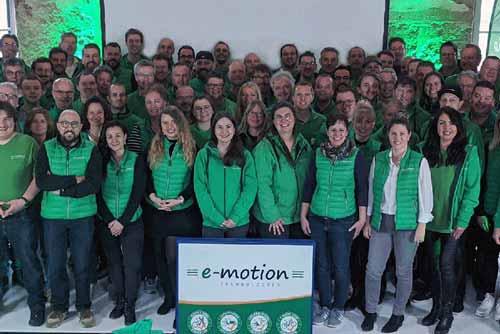 Gruppenbild der e-motion Lizenzpartner