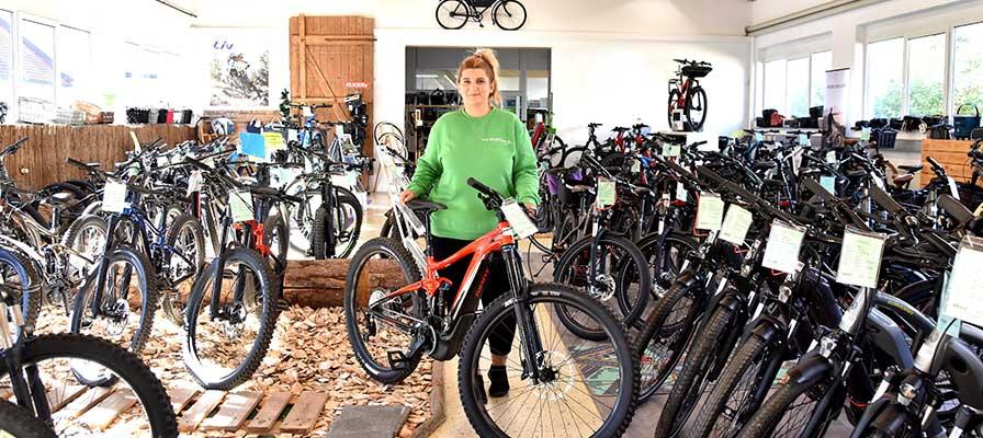 Sara Duda aus der e-motion e-Bike Welt Tuttlingen nach der Umschulung